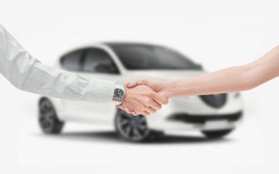 Quelques façons surprenantes d'obtenir le meilleur prix pour vendre votre voiture d'occasion, selon les experts